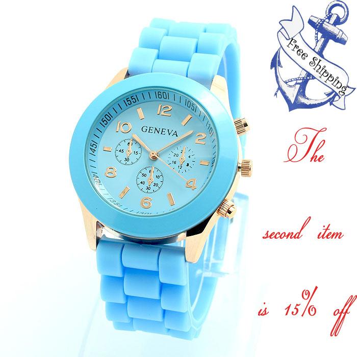 2014Summer fashion quartz geneva watch,self-wind wristwatches hand wind watch,cartoon watch women dress rhinestone watches.(China (Mainland))