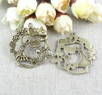 40.6*40.5MM antique bronze zinc alloy Vintage cat climbing DIY ZAKKA jewelry, metal charm pendant, bronze pendant jewelry making