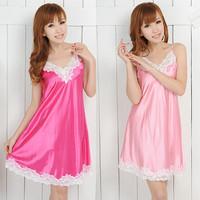 Luna.c V-neck sexy lace silk leugth sweet spaghetti strap nightgown