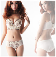 Luxurious and noble bra brassiere set single breasted t push up adjustble underwear flower silks and satins bra