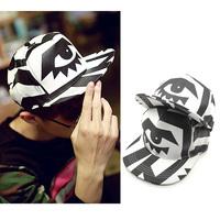 Free Shipping Korean Version Hip-Hop  White And Black Baseball Caps Men And Women Fashion Peaked Cap Sun Hat 3Color Summer Hats