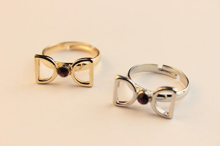 Bow gem d ring 2014 letter D metal women rings fashion simple rings(China (Mainland))