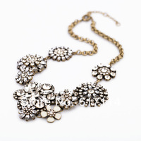 2014 High quality jewelry! Unique Design luxury chunky statement necklace crystal necklace free shipping