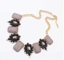 Free shipping Fashion and Retro Elegant jewel box necklace atmosphere