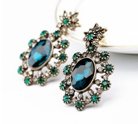 j.e.w.e.l Designer Inspired new arrival korean cross lovely cute Green Crystal Crew stud Earrings For Dinner/Banquet party