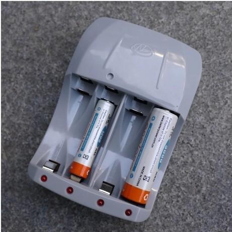 5 No. 7 Ni MH / Ni - Cd battery charger battery Nanfu professional repair pulse intelligent charger(China (Mainland))
