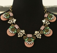 2014NEW   Pink hyperbole Short gem Bohemia crystal necklace, wholesale