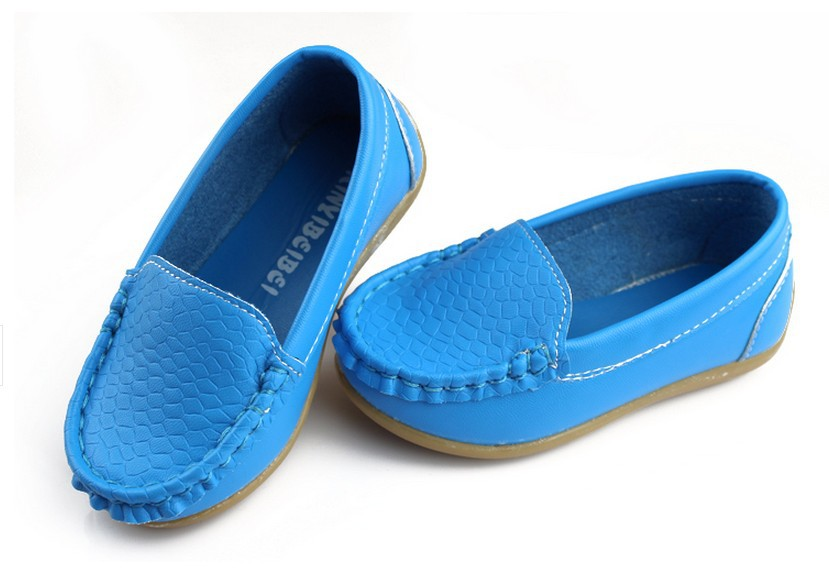 Wholesale and retail children's shoes in 2015 boys and girls, leisure sports shoes The boat shoes size21to35(China (Mainland))
