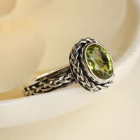Free Shipping Vintage straw braid twist natural green peridot ring
