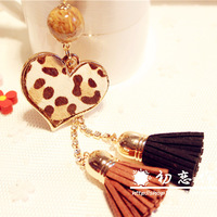 Gift diamond leopard print peach heart tassel car keychain key chain women's bags buckle