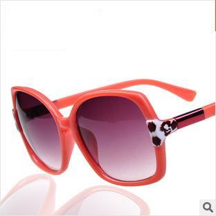 Frete grátis para comprar óculos de sol 2014 novos óculos de sol da moda Ms temperamento tipo óculos de sol grande figura quadro sapo espelho(China (Mainland))