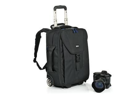 Thinktank camera bag roller luggage airport takeoff(China (Mainland))