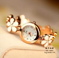 fashion little white daisy flower chain bracelet women jewelry watch beautiful luxury ladies wristwatch rose gold