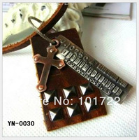 The most popular leather rivet necklace
