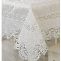 High Quality Hot Sale 150*220cm Rectangular Elegant Polyester Lace Tablecloths Peacock Wedding Table Linen Cloth Overlays 078