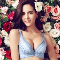 T2039 New Rose Plato deep V bra gather on the care received Furu adjustable bra lingerie