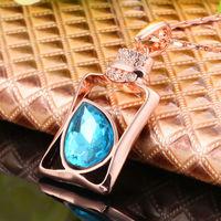 Wholesale18K gold plated Austria blue Rhinestone Pendant Necklace Design Bottle  Style Elegant Jewelry N043