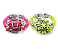 Fashion Fresh Crystal Flower Women's Bracelet 2014
