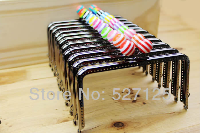 10pieces/lot,15cm*8cm stripe multi-colors Candy Semi-Square shape Metal Purse Frame Handle for Bag Sewing Craft,Coin Purse Frame(China (Mainland))