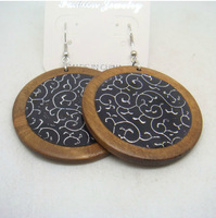 Free shipping(minimum order is $15) New arrival fashion elegant women wood painted flowers large earrings
