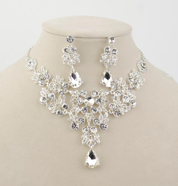 The bride necklace piece set wedding accessories marriage accessories hair accessory necklace set