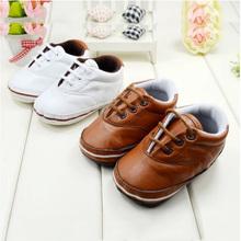 Unisex del niño de cuna de encaje hasta zapatos de cuero del muchacho de los niños del diseño simple suave zapatillas Dropshipping Envío Gratis(China (Mainland))