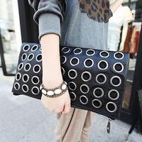 2013 Hot Korean version of the new female bag clutch evening bag banquet metal rivets bag ladies ring