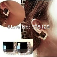 Promotion Hot Selling Temperament Luxury Fashion Black Created Gemstone Crystals Square Stud Earrings