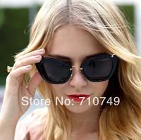 Free shipping retail & wholesale new arrival  fashion sunglasses latest design retro women style UV protection plastic glasses