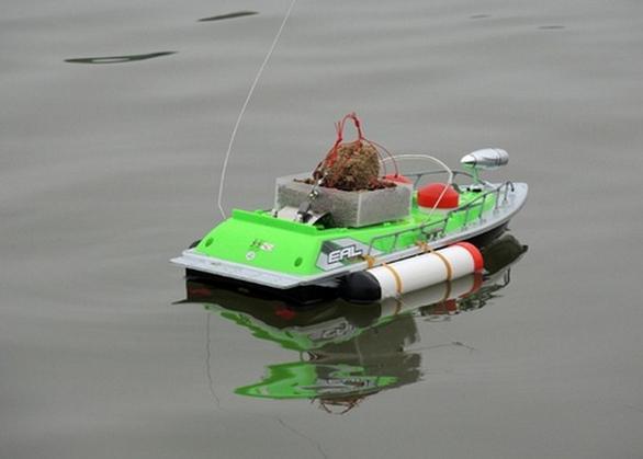 Bait boat 7 l'heure, rc. appâts de pêche bateau rc bateau esensuals 200 mètres distance trouveur de poissons usine accessoires bateau vert et rouge couleurs