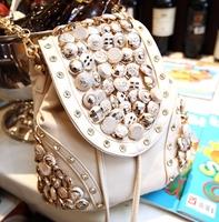 2014 new Korean tassel chain shoulder Messenger shoulder buttons diamond rivets bucket bag small bag influx of women