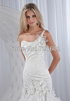 Free shipping shoulder embroidery luxury models and ground trailing halter wedding dress Style No. 120206007