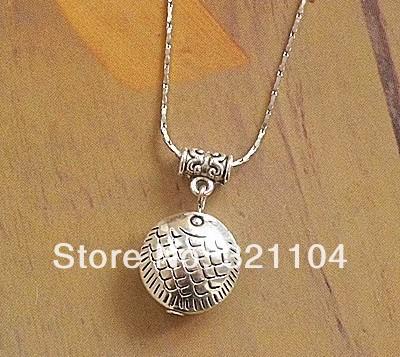 Free Shipping!!!! Accessories wholesale Tibetan silver MiaoYin original DIY handmade Fish peace necklace(China (Mainland))
