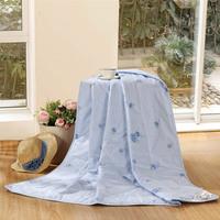 100% bedding cotton quilt 100% cotton satin print towels are blue  Home & Garden Home Textile