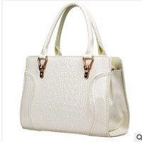 New! ! ! Explosion models! ! ! European and American Fashion crocodile  hand shoulder diagonal leather bag