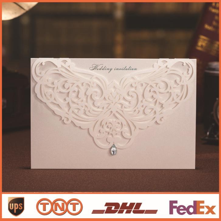 Cart?o do convite do cart?o do convite do casamento com oco strass casamento favores Laser Cut Convites de casamento HQ0058(China (Mainland))