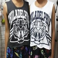 East Knitting OT-014 now 2014 summer Vintage school loose t shirts Women Grey/White tiger head graffiti Vests free shipping