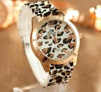 Fashion fashion watch fashion jelly silica gel belt leopard print paragraph male women's unisex table