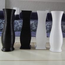2014  Black vase flower white ceramic decoration fashion brief tv cabinet chinese style decoration home decor vases(China (Mainland))