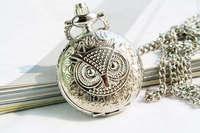 Vintage owl quartz pocket watch diameter 2.5cm