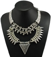 2014 Vintage Silver Carved Chinese Sculpture Flower Rivets Tassels Chains Triangle Pendant Necklace