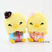 Free shipping little yellow chicken plush dolls,wedding dolls,hanging plush toys,party accessories,great gifts children present
