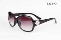 8228 Star Style Sunglasses Women Luxury Fashion Summer Sun Glasses Women's Vintage Sunglass Outdoor Goggles Eyeglasses Wholesale