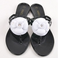 2014 hot !!!  lady Fashion Camellia beach  slippers summer flip flops shoes pinch flat jelly  sandals 5 colors free shipping