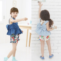 Retail! Free Shipping!Childrens 2014 New Fashion Clothing Sets With Big Bow,Girls Summer 2pcs Clothes Set  Vest Top+Floral Short