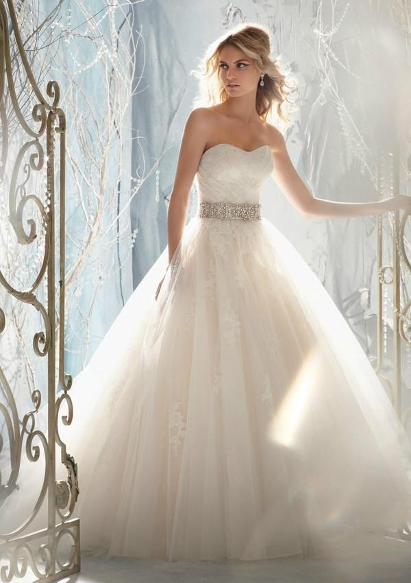 nouveau design 2014 livraison gratuite vente chaude robe en dentelle zipper bouton retour arc de ceinture de perles robe de mariée sexy robes de mariée
