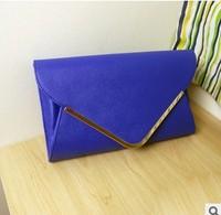 The new 2014 female bag sapphire envelope bag Retro fashion one shoulder chain hand caught