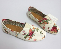 Sell like hot cakes!women rose Canvas Shoes sneakers for female with Rose Flower Flat canvas Shoes
