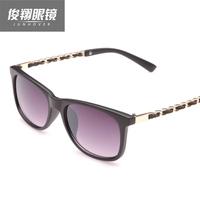 Vintage 2014 anti-uv sunglasses female sunglasses the trend of the small box glasses chain