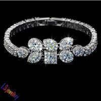 Factory Price Whosale Personality Geometrial Shape Sparkling Swiss AAA Cubic Zirconia Designer Bracelet